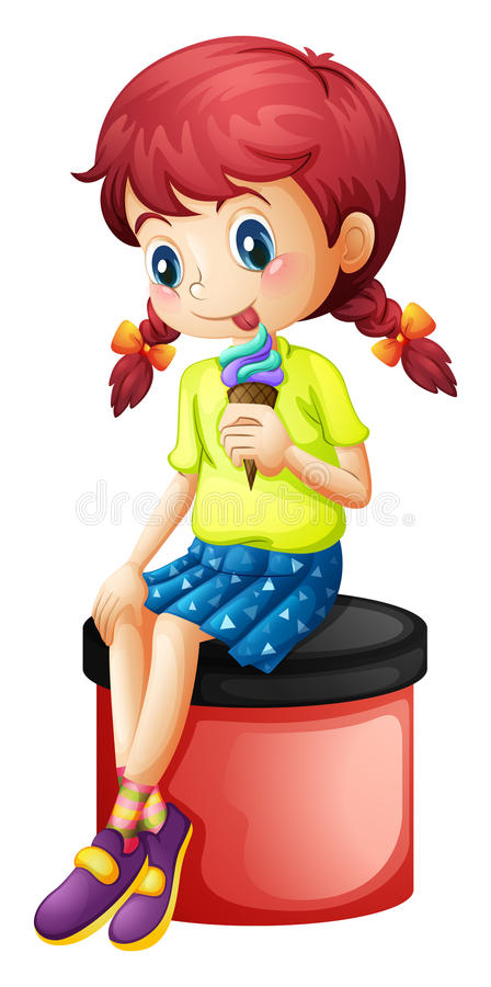 Ein junges Mädchen, das mit einer Eiscreme sitzt lizenzfreie abbildung
