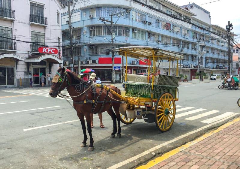 Ein Kalesa u. ein x28; oder Pferd Carriage& x29; in der historischen Stadt von Intramuros, Manila Ist ein spanisches Kolonial Int stockfoto