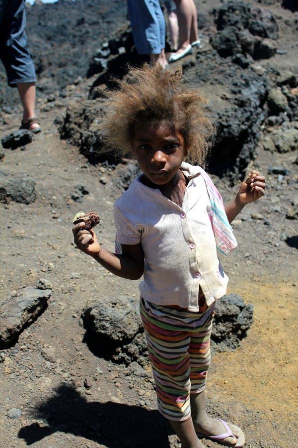 Ein Kind von der Insel von Fogo auf Kap-Verde lizenzfreie stockbilder