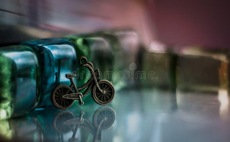 Ein kleines Fahrrad lizenzfreies stockbild
