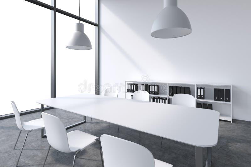 Ein Konferenzsaal in einem modernen panoramischen Büro mit weißem Kopienraum in den Fenstern Weiße Tabelle, weiße Stühle, ligh De lizenzfreie abbildung