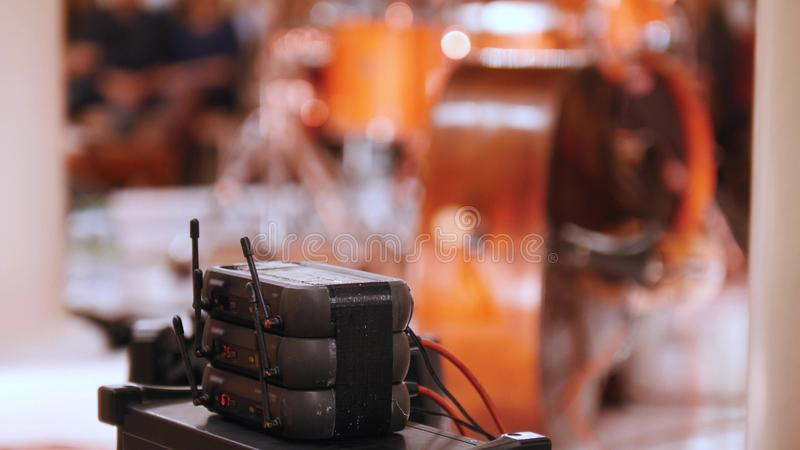 Ein Konzert im Konzertsaal Tonausrüstung stockfoto