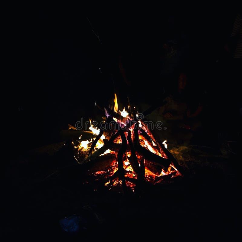 Ein Lagerfeuer stockfotos