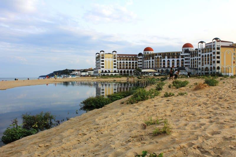 Ein leerer Strand auf der Küste Schwarzen Meers bei Obzor, Bulgarien stockbilder