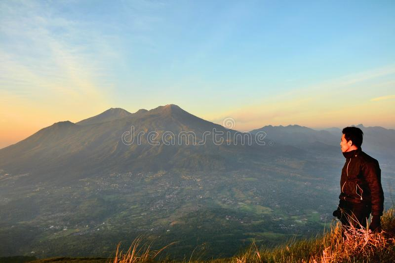 Ein mehr in Penanggungan-Berg stockbild