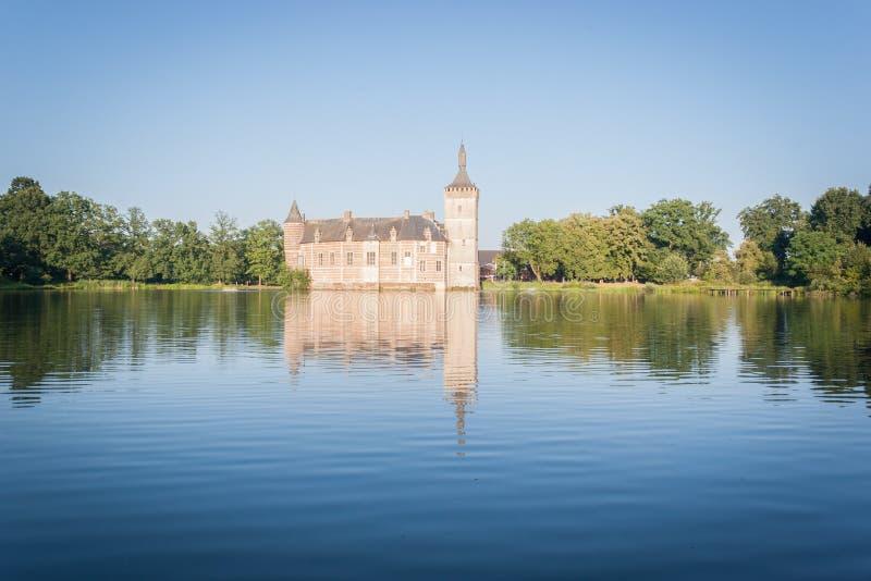 Ein mittelalterliches belgisches Schloss lizenzfreie stockfotos