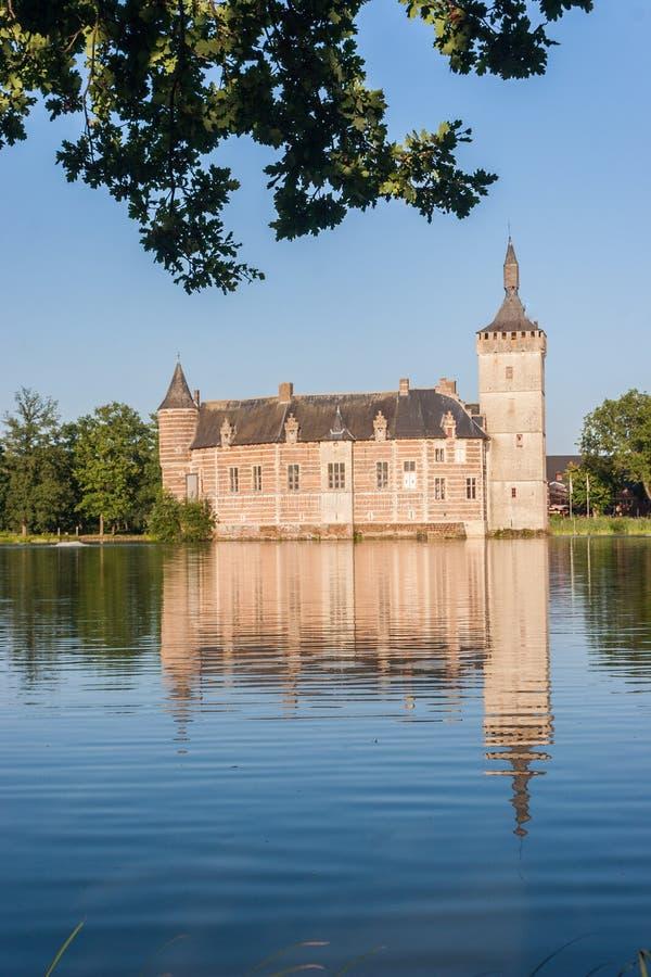 Ein mittelalterliches belgisches Schloss lizenzfreie stockfotografie