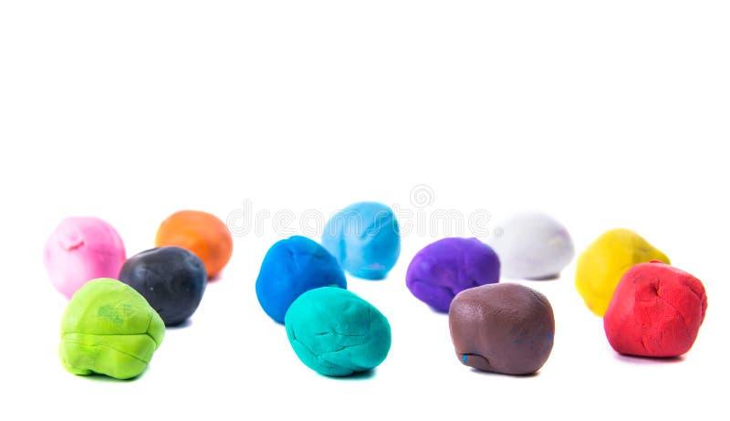 Ein modellierender Lehmball von verschiedenen Farben lizenzfreies stockfoto