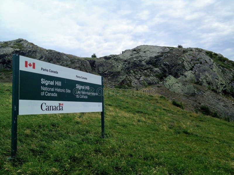 Ein Park-Kanada-Zeichen für Signal-Hügel, eine nationale historische Stätte von Kanada in Johannes stockfotos