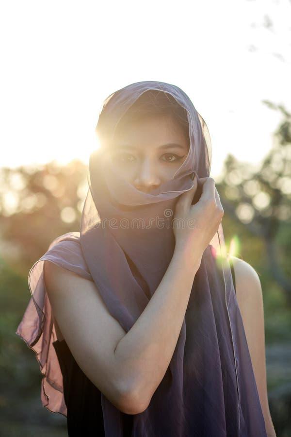 Ein Porträt Der Gefühlasiatsfrau Stockbilder