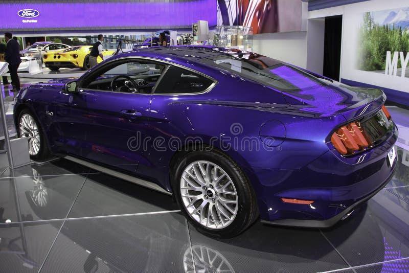 Ein Prämiencoupé Ford Mustangs GT lizenzfreie stockbilder