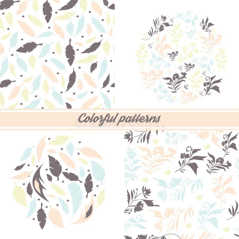 Ein Satz empfindliche Blumenmuster und Embleme auf einem weißen Hintergrund mit Florenelementen und dekorativen Federn lizenzfreie abbildung