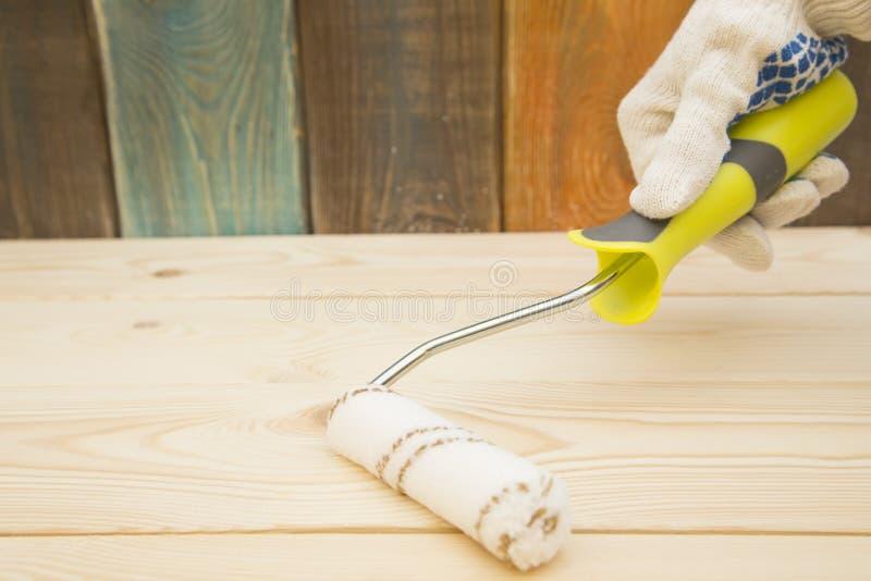 Ein Satz Werkzeuge für das Malen eines Hauses lizenzfreie stockbilder