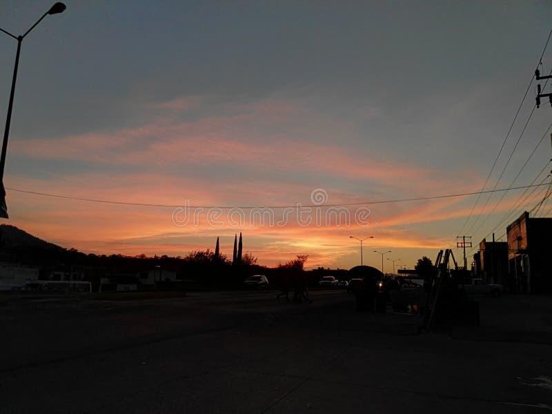 Ein schöner Himmel lizenzfreie stockfotos