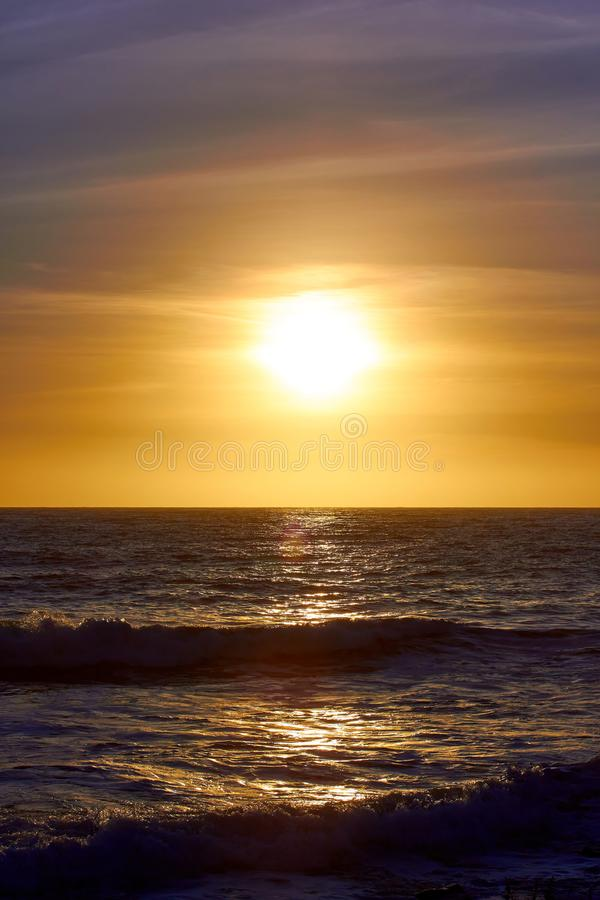 Ein schöner Sonnenuntergang in Malibu lizenzfreies stockfoto