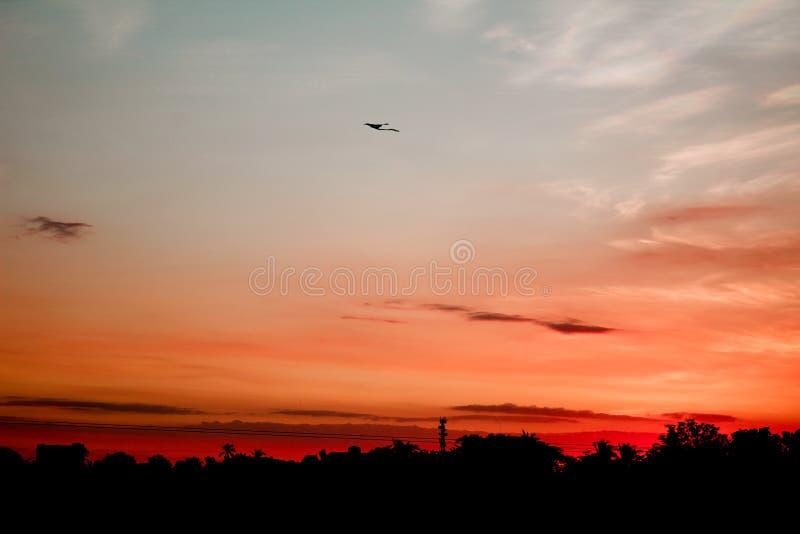 Ein schöner Sonnenuntergang in Tagaytay stockbilder