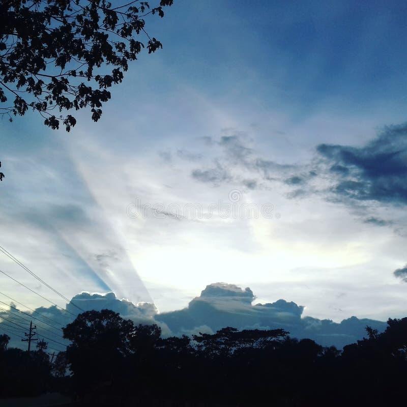 Ein Schatten einer Wolke stockbild
