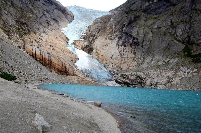 Ein schmelzender Gletscher - Norwegen lizenzfreie stockbilder
