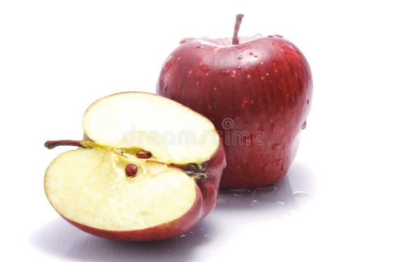 Ein Schnitt geöffneter Apple stockfoto