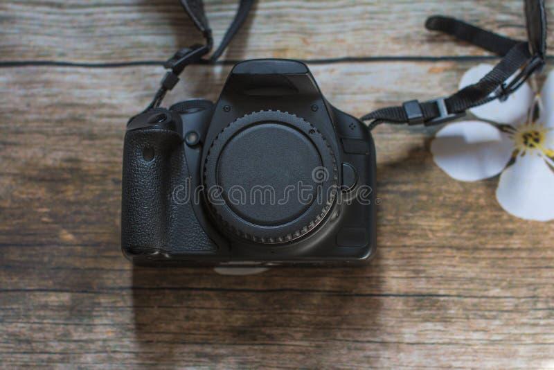 Ein Set Ikonen der Küchegeräte für Ihre Auslegung SLR Kamera und Objektiv lizenzfreie stockfotografie
