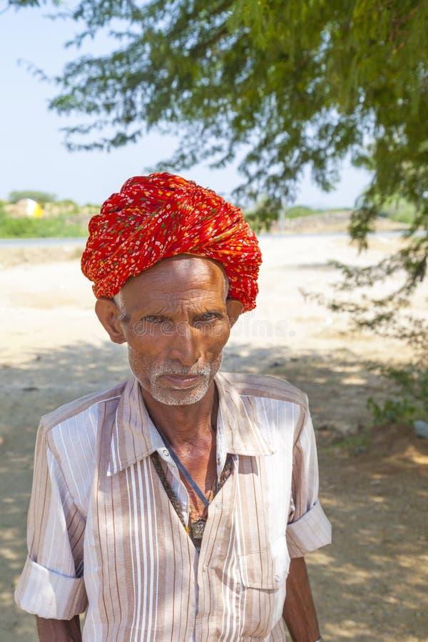 Ein Stammes- Manntragen Rajasthani lizenzfreies stockbild