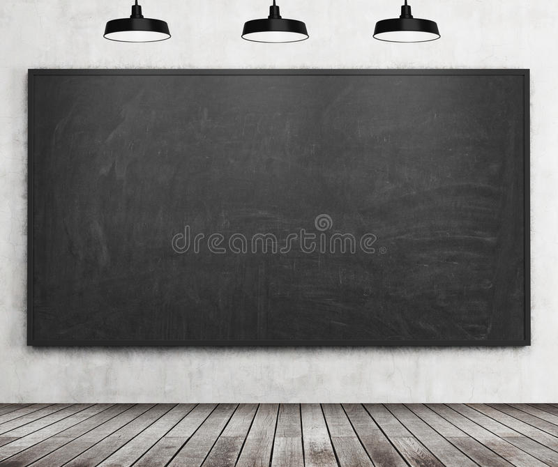 Ein stilvoller Raum mit schwarzer Tafel auf der Wand, Bretterboden und drei Deckenleuchten Niedriger DOF vektor abbildung