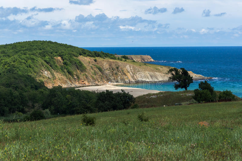 Ein Strand am Mund des Veleka-Flusses, Sinemorets-Dorf, Bulgarien stockbilder