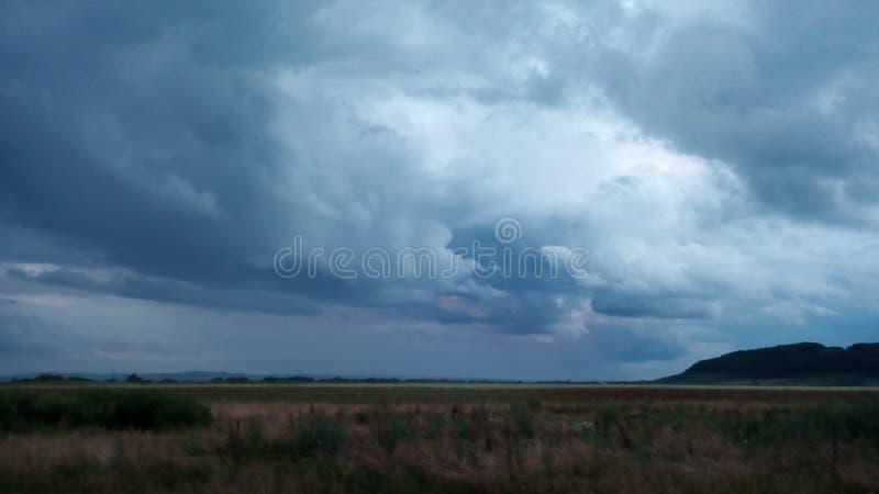 Ein Sturm kommt! lizenzfreies stockbild