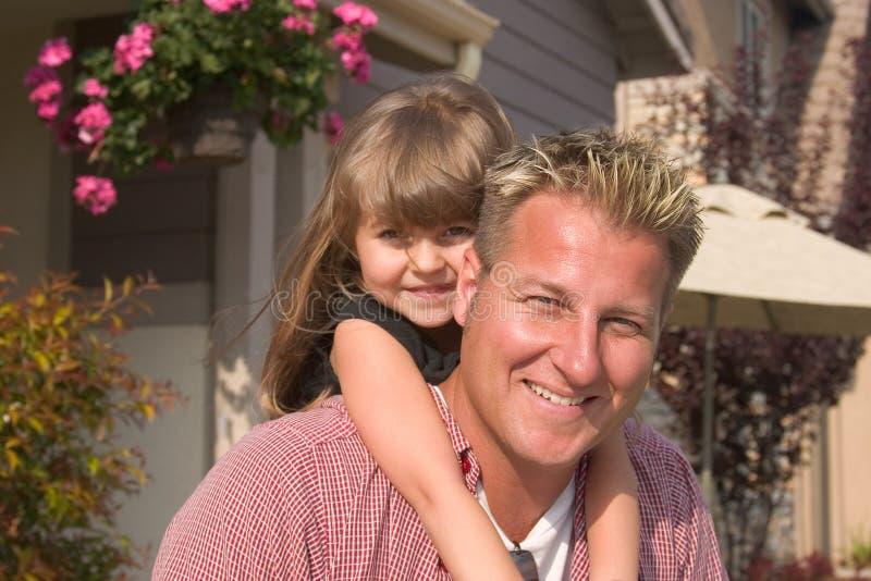 Ein Vater und sein daugther lizenzfreies stockbild