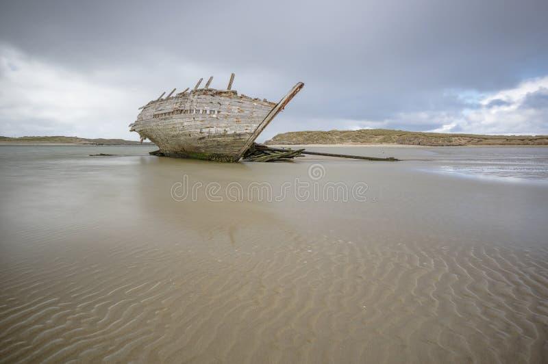Ein verlassenes Boot lizenzfreie stockfotos