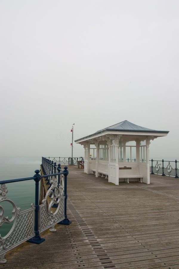 Ein Victorianküstenpier bei Swanage in Dorset lizenzfreies stockbild