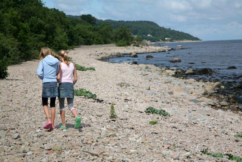 Ein Weg auf dem Strand lizenzfreies stockfoto