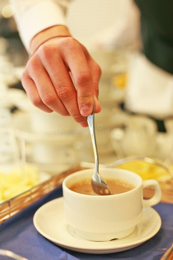 Ein wohlriechender Kaffee ist ein großer Tagesanfang stockfoto