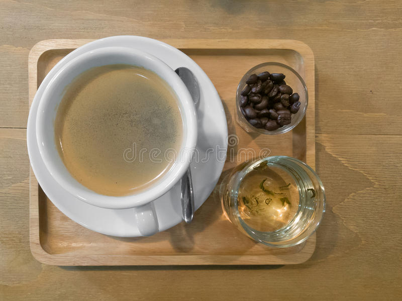 Ein wundervolles Cup heißer Kaffee stockbild