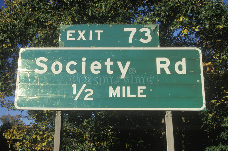 Ein Zeichen für Gesellschafts-Straße lizenzfreies stockfoto