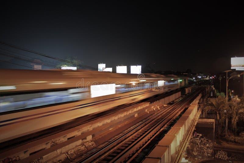 Ein Zug lizenzfreies stockfoto