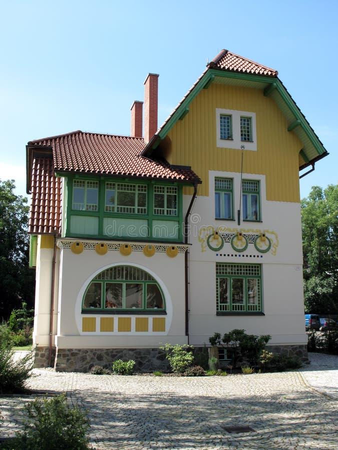 Eindeutiges Kunst nouveau Landhaus stockfoto