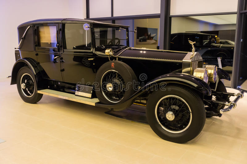 Download Rolls-Royce oldtimer editorial photography. Image of british - 29965757
