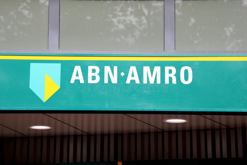 EINDHOVEN, PAESI BASSI - 5 GIUGNO 2018: Logo ABN AMRO di marca commerciale immagine stock libera da diritti