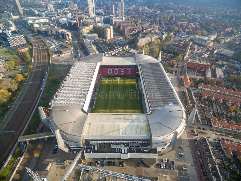 EINDHOVEN, PAYS-BAS - paysage urbain d'Eindhoven avec Eindhoven PSV Philips Stadium netherlands photographie stock