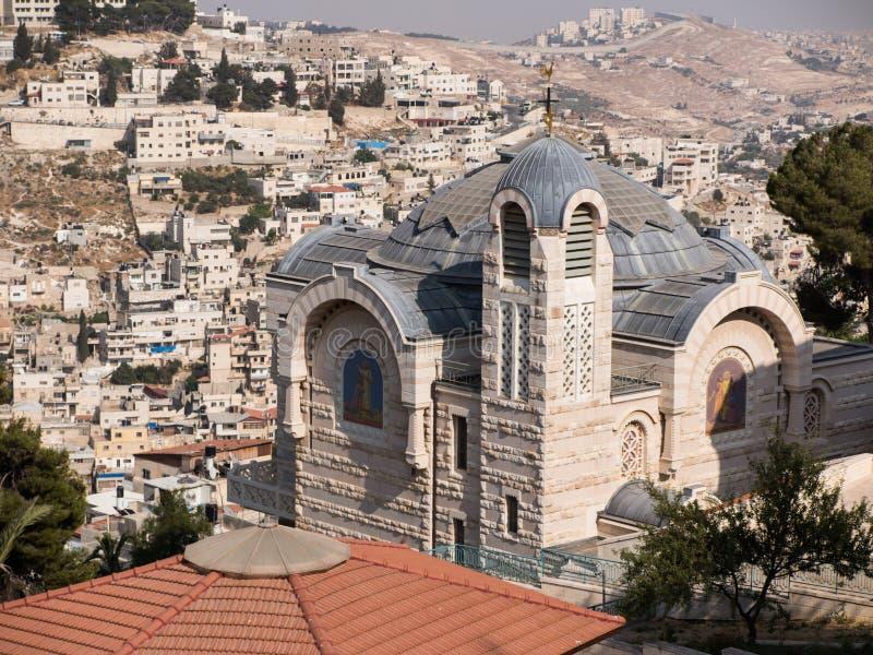 Eine Ansicht der Kirche von St Peter in Gallicantu an alter Verdichtereintrittslufttemperat Jerusalems stockbilder
