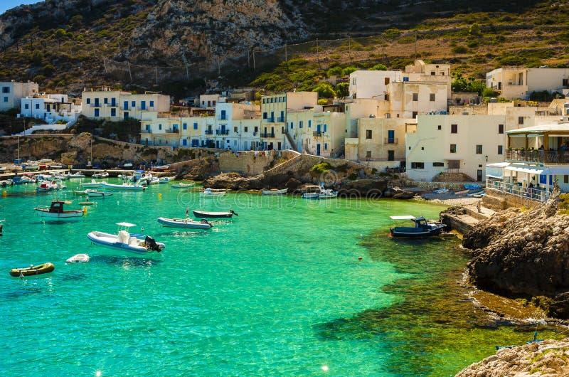 Eine Ansicht von Levanzo-Insel, Sizilien lizenzfreie stockbilder