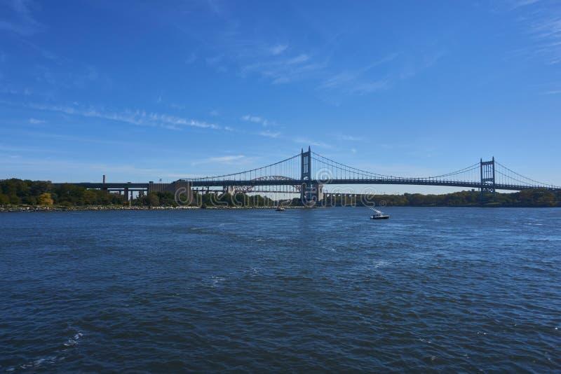 Eine Brücke in New York stockbild