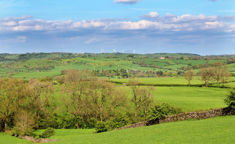 Eine englische ländliche Landschaft im Höchstbezirk lizenzfreies stockfoto