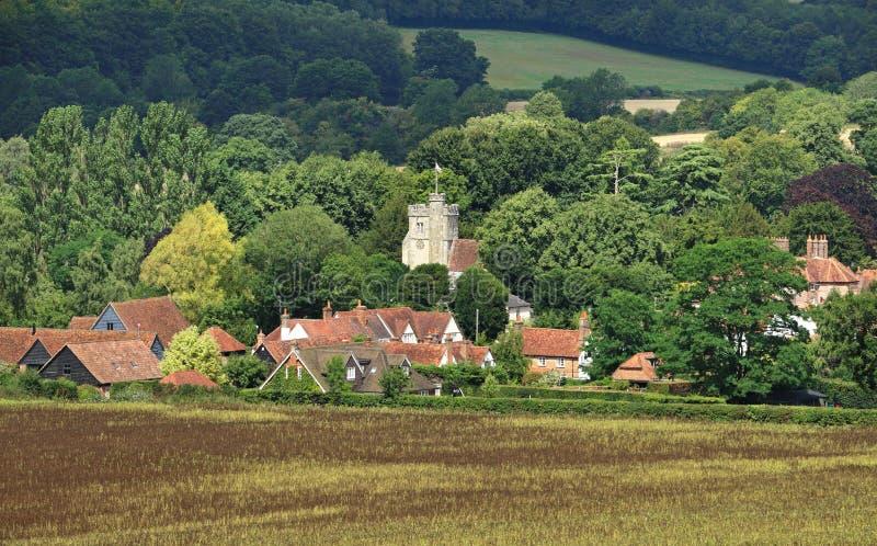 Eine englische landwirtschaftliche Landschaft mit reifendem Mais lizenzfreie stockbilder