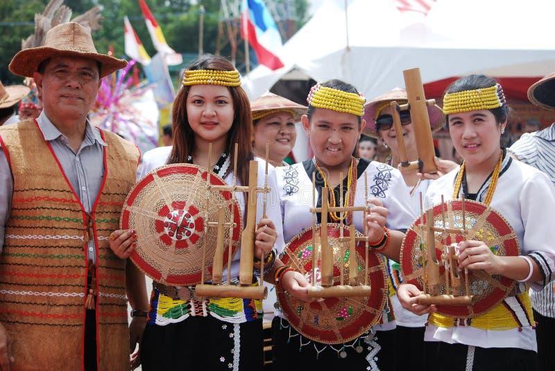 Eine Gruppe von Lundayeh von Sabah stockfotografie