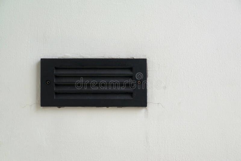 Eine Heizung/abkühlendes ein Entlüftungsregister auf der Wand stockbilder