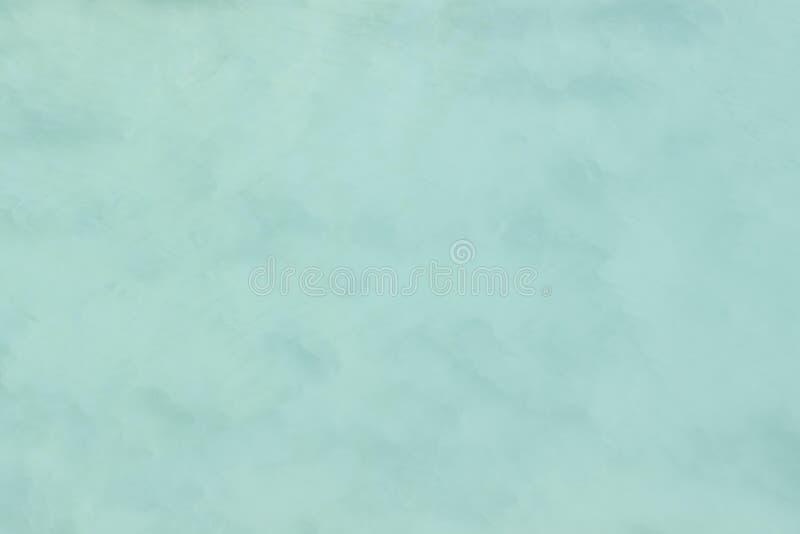 Eine Hintergrundentnahme von wasser-Bewegung mischte mit Wolken und Nebel Bildanzeigen ein angenehmes Papierkorn und eine Beschaf lizenzfreie stockfotografie