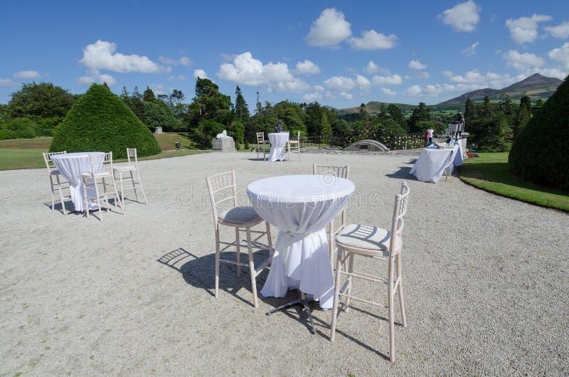 Eine Hochzeit im Freien in Irland stockfotos