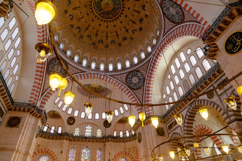Eine Innenansicht der Suleymaniye-Moschee Istanbul, die Türkei stockfotos